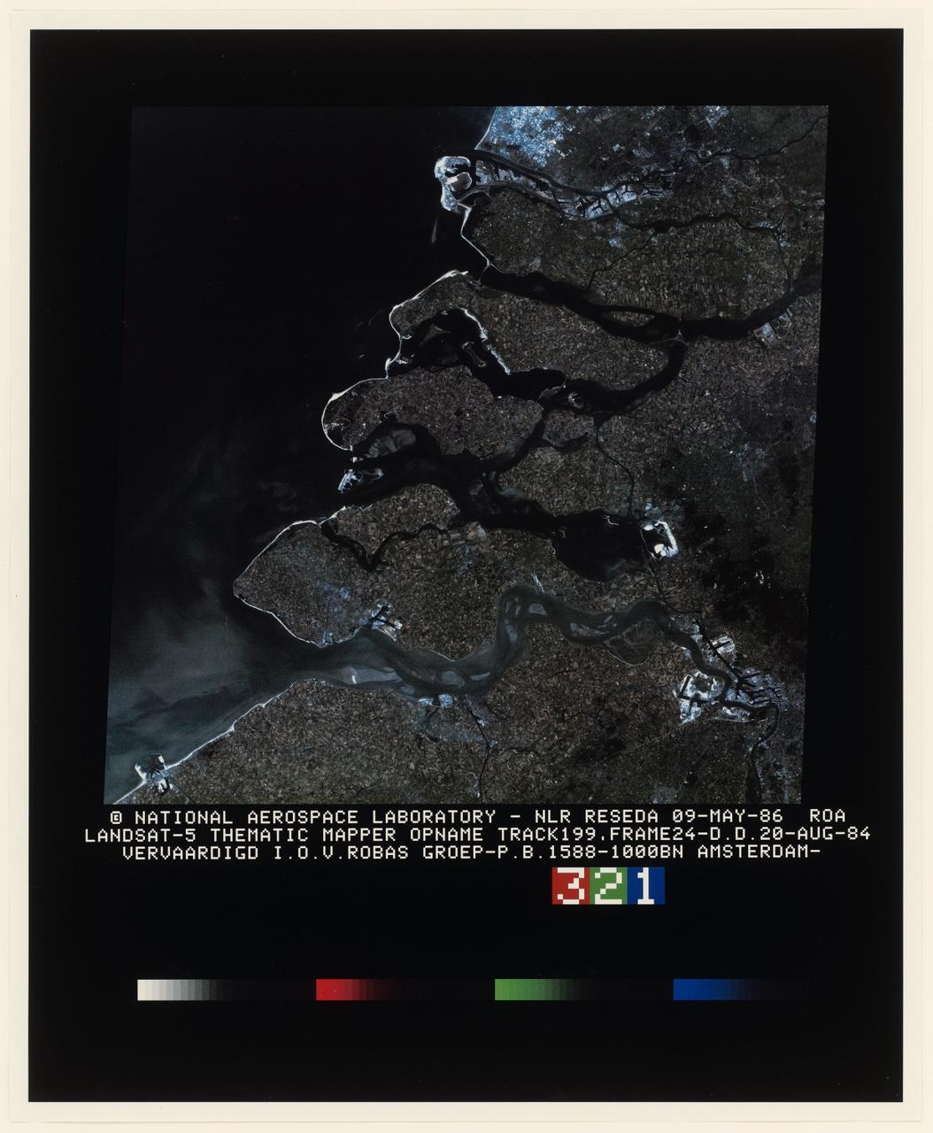 Poster met luchtfoto van Walcheren