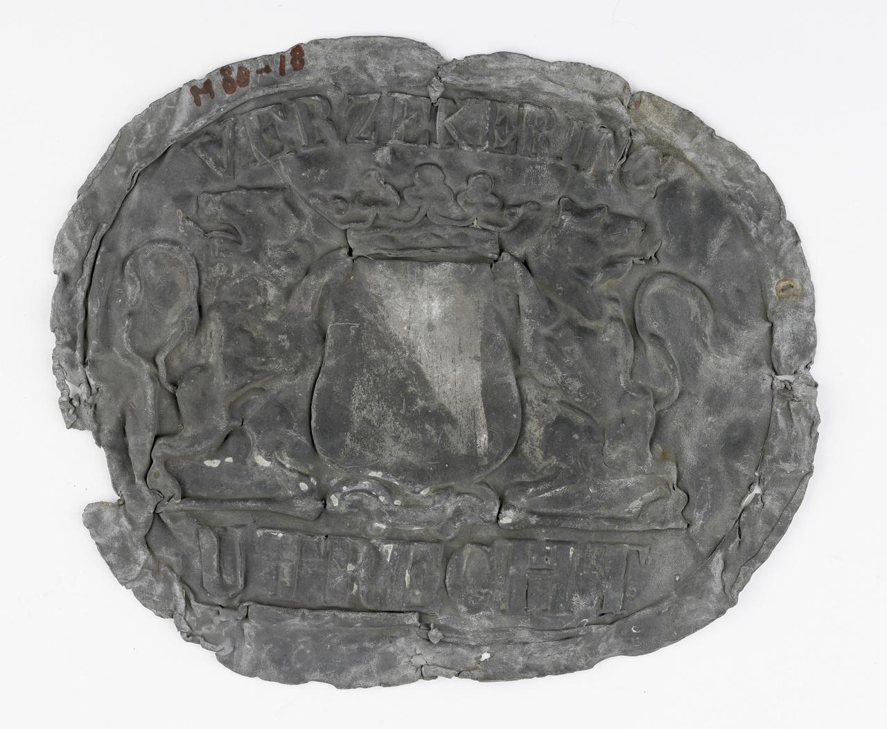 Loden plaat met het wapen van Utrecht, gevonden te Middelburg
