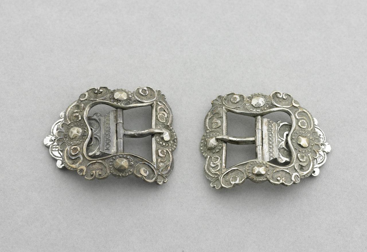 Paar zilveren schoengespen, Walcheren, Pieter Vergeer