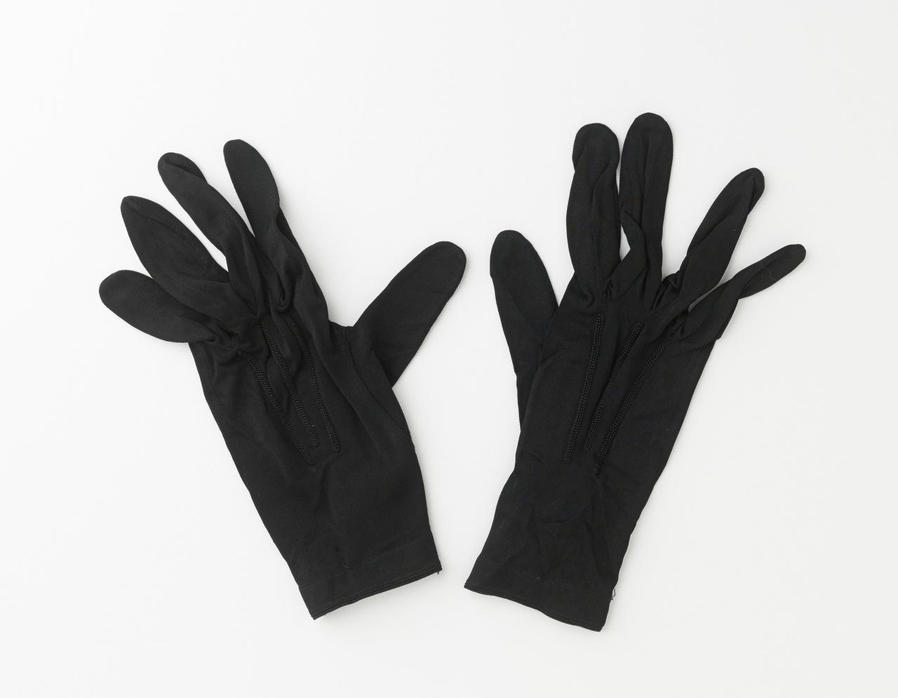 Paar zwarte handschoenen