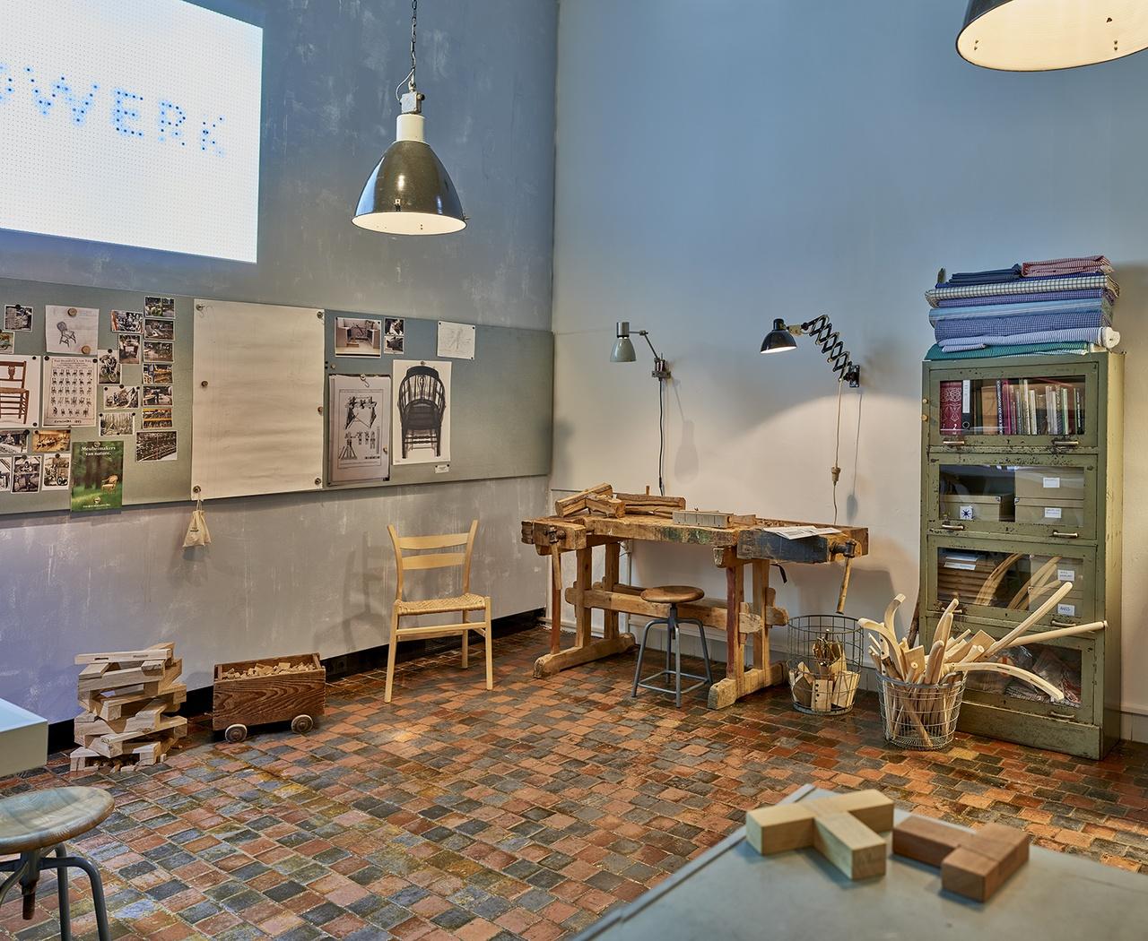 ZeeuwsMuseum_Handwerk2_small_010.jpg